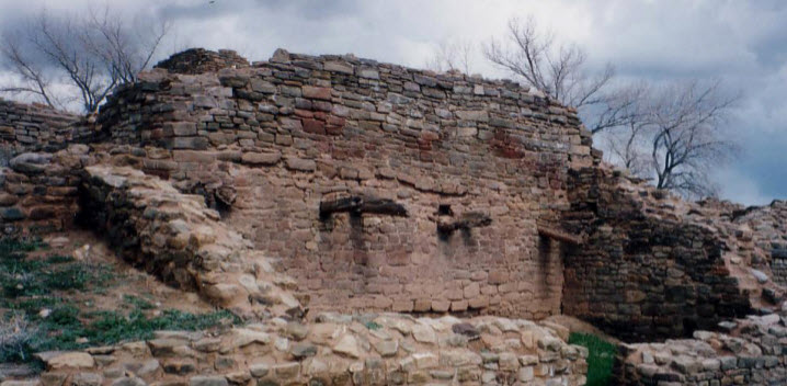 Anasazi Tradition in the American Southwest